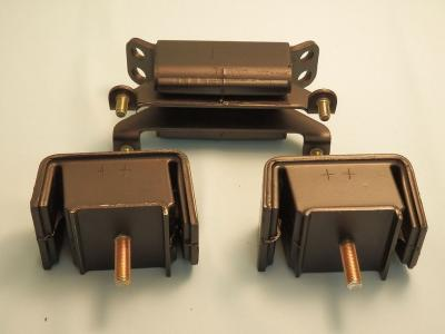 Attached Image: nengun-0254-03-nismo-engine_mounts.jpg